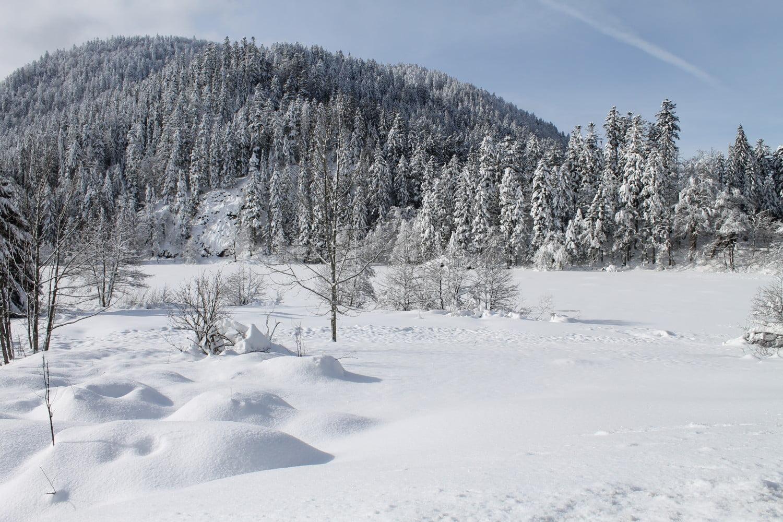 Lac de Retournemer dans les Vosges (gelé en février 2015)