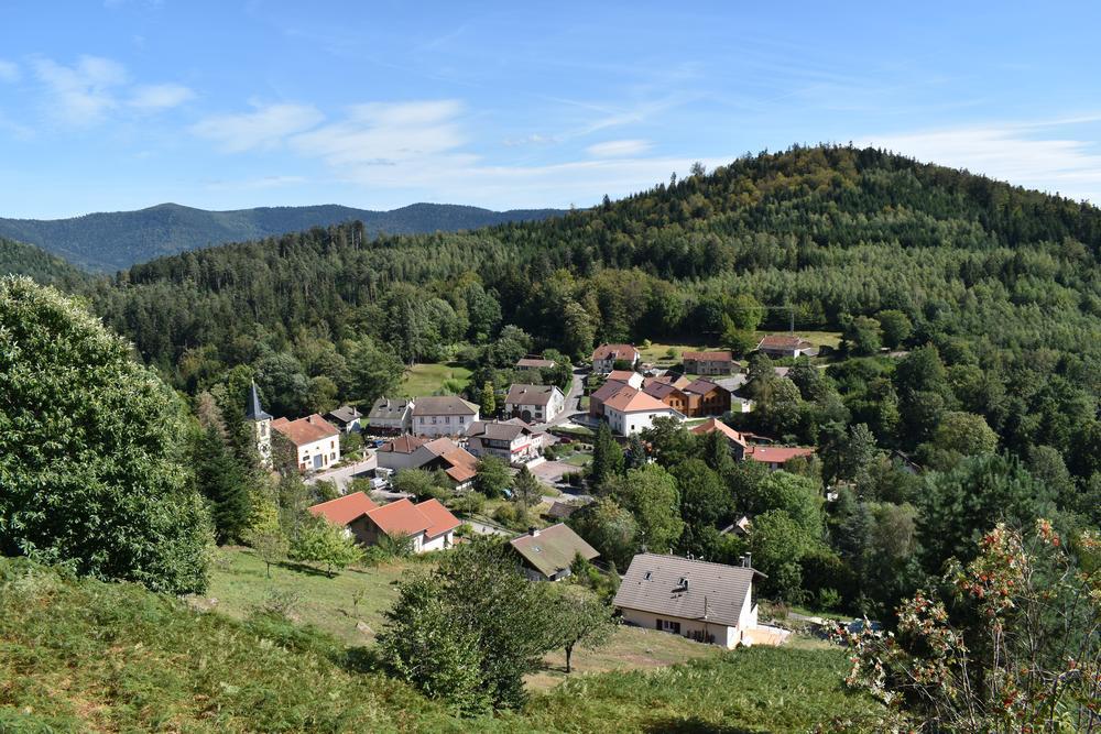 village de pierre percee