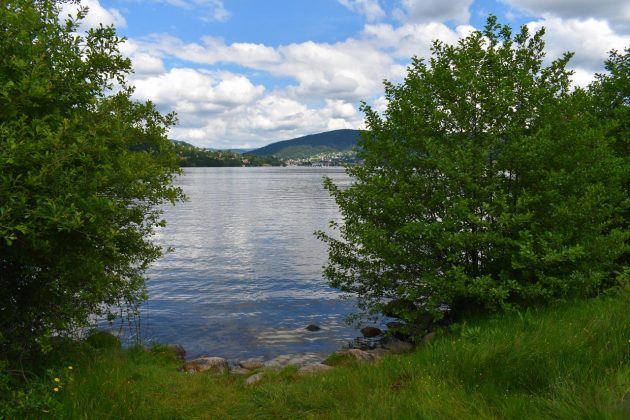 plage bout du lac
